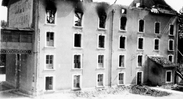 Lg mme abric incendie1945 ph1