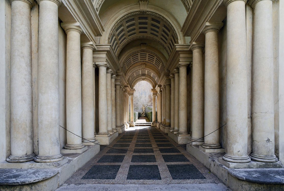 Xl forced perspective gallery by francesco borromini