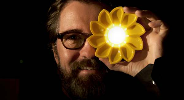 Lg little sun co founder olafur eliasson photo tomas gislason   2012 little sun