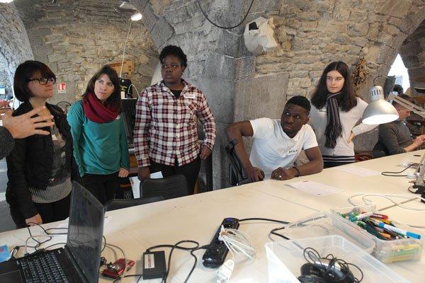 fab labs solidaires continue avec des lyc u00e9ens en mode  maker