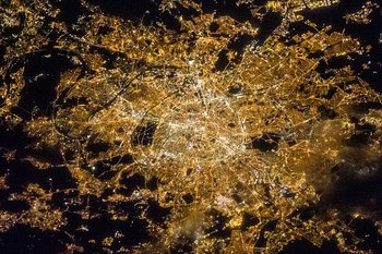 Xl 640px iss 35 night image of paris  france